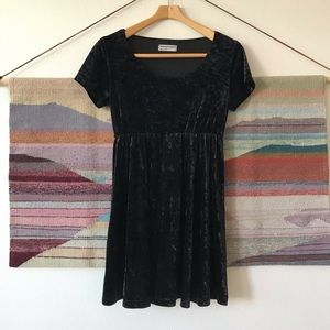 Vintage American Apparel crushed velvet baby doll